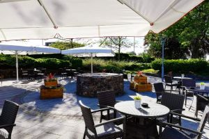 Plymouth - Outdoor Dining